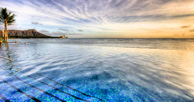 sheraton-waikiki-infinity-pool-hawaii