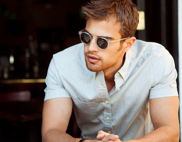 Theo James 'Four' us