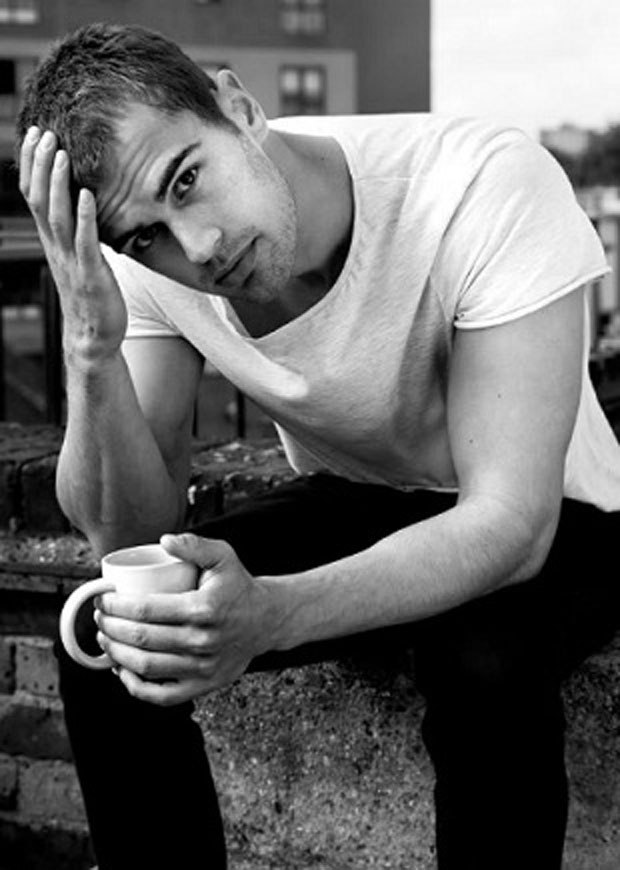 theo-james-eyes