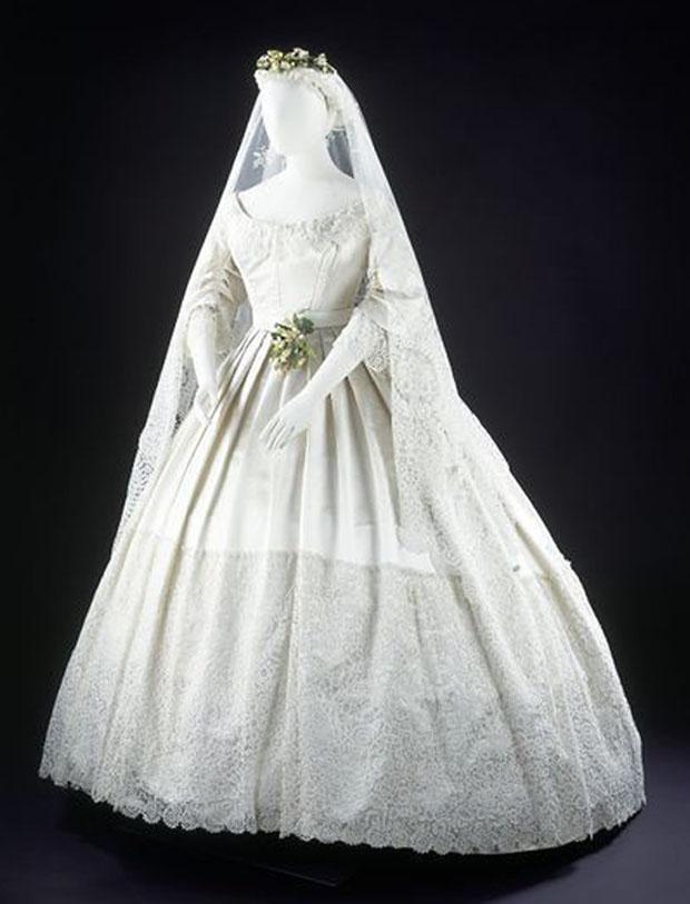 wedding-dresses-white