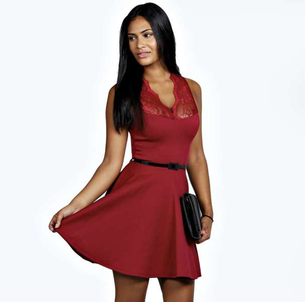 boohoo-christmas-party-dress