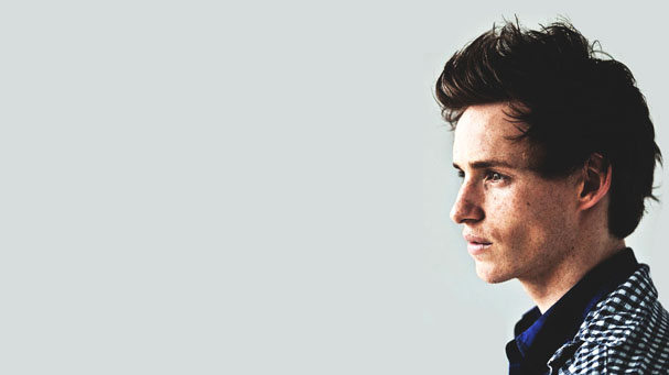 eddie-redmayne-side