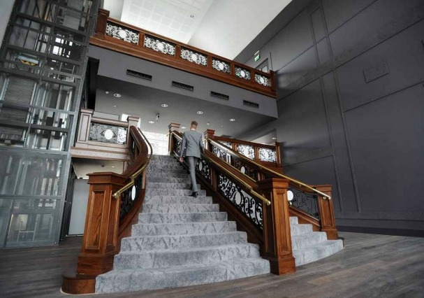 titanic-hotel-stanley-dock-staircase