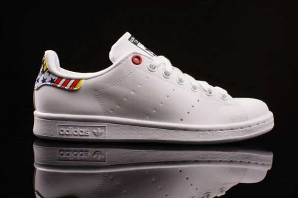 rita-ora-adidas-originals-stan-smith