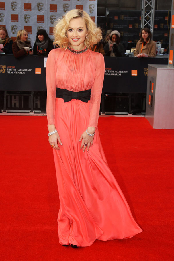 fearne-orange-black