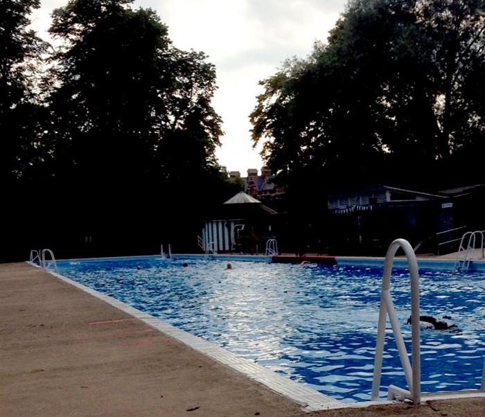 Cambridge Jesus Green Outdoor Pool