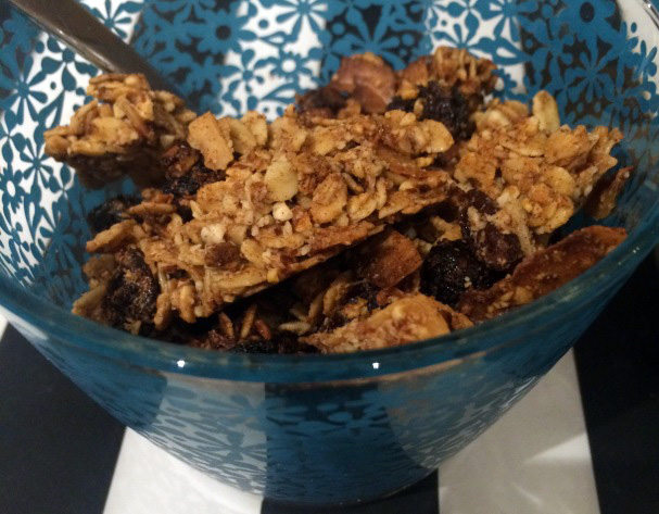 How to make your own Granola: Coconut and Raisin