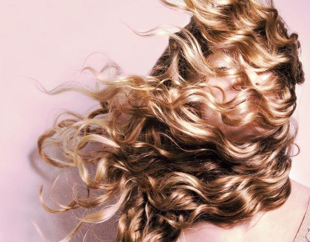 Hot hair trend: 'Hair Plopping'