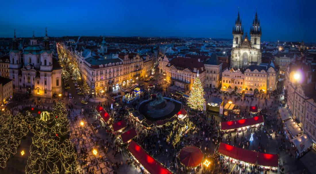christmas-prague-market