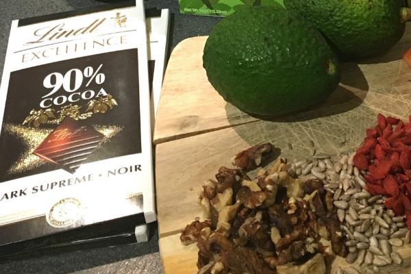 Dark chocolate - healthy skin
