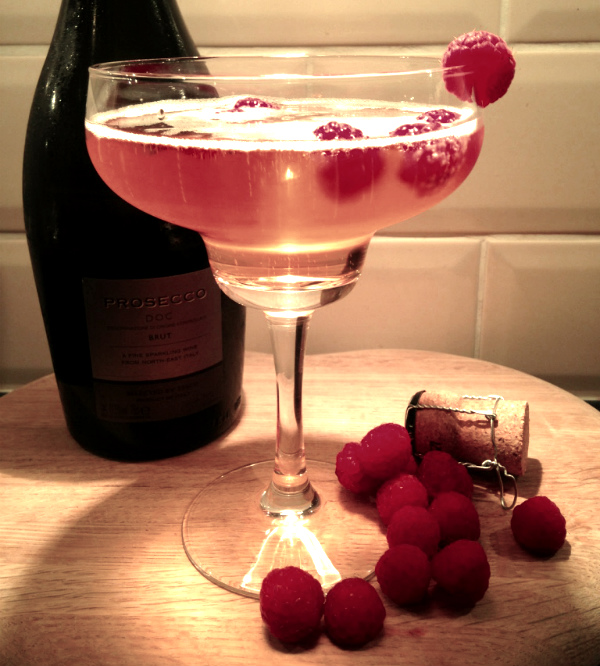 The Bizz Prosecco cocktail