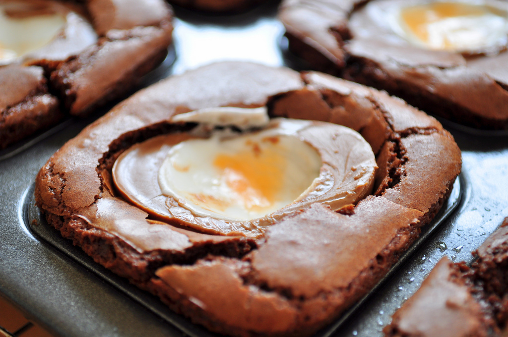 creme-egg-brownies
