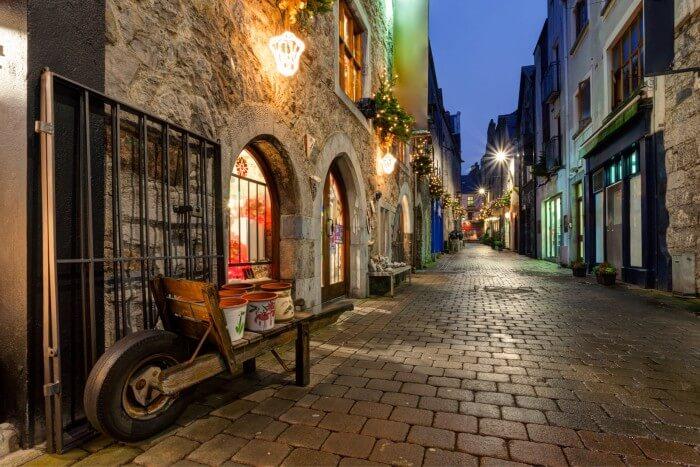 galway-street-night