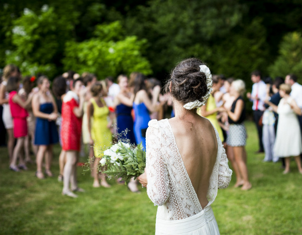 The perfect wedding guest