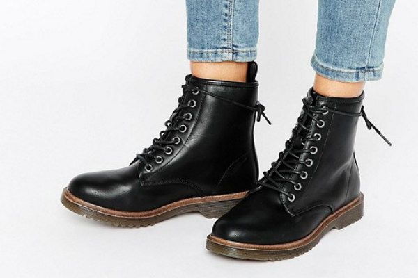 new-look-walking-boots