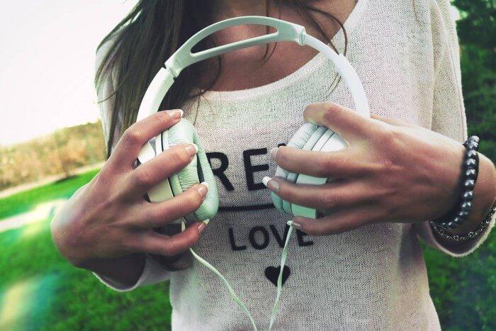 Streaming music singles
