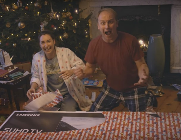 It's Christmas! Samsung SUHD TV Christmas Advert