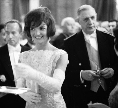 jackie-kennedy-onassis-style-fashion
