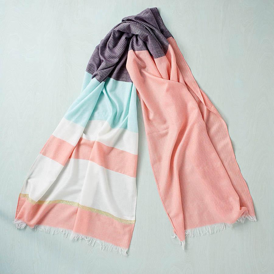 original_coral-block-scarf
