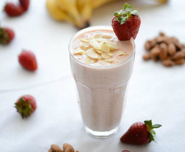 BBA-smoothie-amazing-almonds