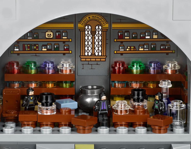 lego-harry-potter-hogwarts-castle-9