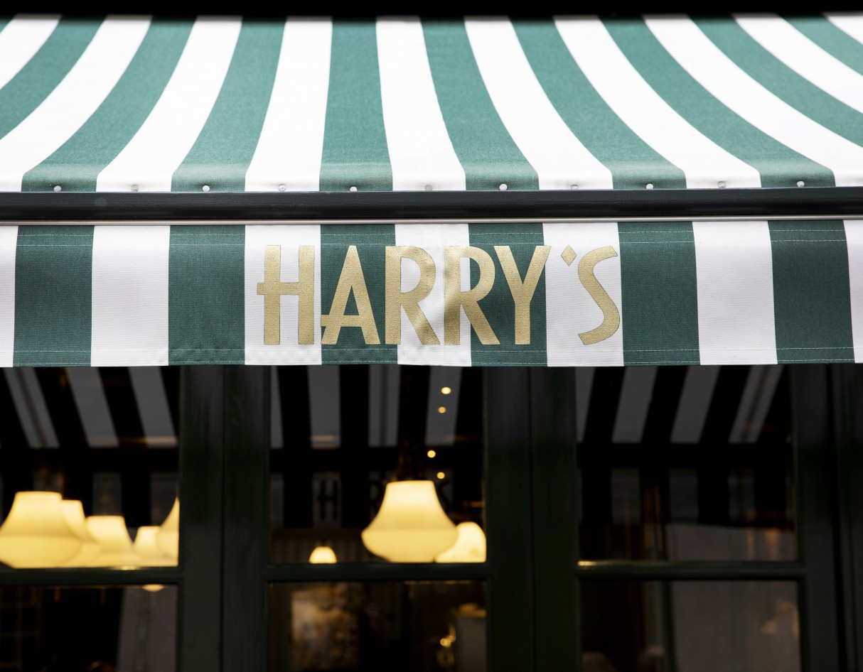 Harry's Bar Review: A Slice of La Dolce Vita  - ★★★★